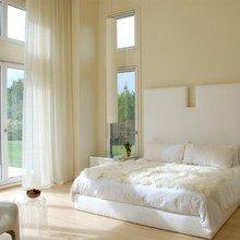 Фотография: Спальня в стиле Минимализм, Дом, Цвет в интерьере, Дома и квартиры, Белый – фото на InMyRoom.ru