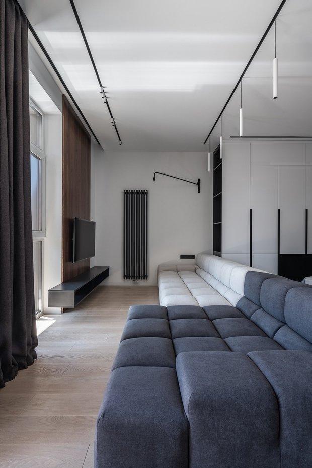 Стоит отметить, что заказчик не был настроен экономить — собственную квартиру он хотел видеть выполненной с использованием качественных материалов.