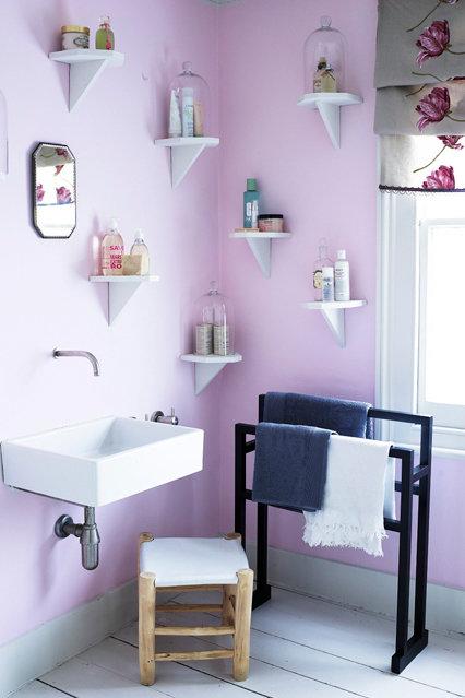 Фотография: Ванная в стиле Современный, Декор интерьера, Дизайн интерьера, Цвет в интерьере, Краска – фото на InMyRoom.ru