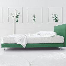 Фотография: Спальня в стиле Современный, Декор интерьера, Квартира, Дизайн интерьера, Цвет в интерьере – фото на InMyRoom.ru