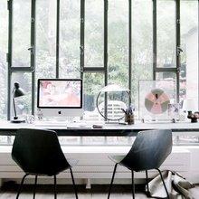 Фотография: Офис в стиле Современный, Скандинавский, Декор интерьера, Швеция, Декор дома, Цвет в интерьере, Белый – фото на InMyRoom.ru