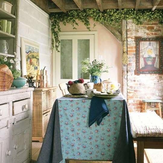 Фотография: Кухня и столовая в стиле Прованс и Кантри, Декор интерьера, Декор дома, Праздник, Советы, 8 марта – фото на InMyRoom.ru