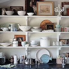Фотография: Декор в стиле Классический, Кухня и столовая, Интерьер комнат – фото на InMyRoom.ru