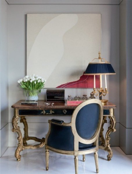 Фотография: Мебель и свет в стиле Прованс и Кантри, Декор интерьера, Декор, абстрактная живописть в интерьере, абстрактное искусство в интерьере – фото на InMyRoom.ru