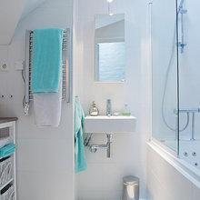 Фотография: Ванная в стиле Скандинавский, Лофт, Квартира, Швеция, Цвет в интерьере, Дома и квартиры, Белый, Картины – фото на InMyRoom.ru