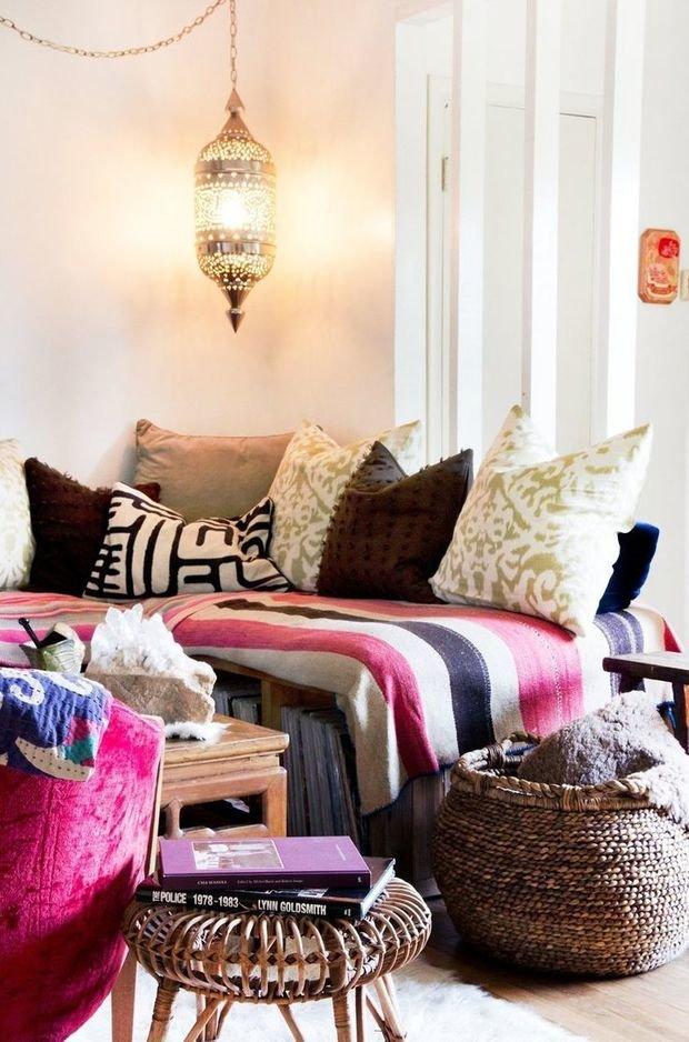 Фотография: Спальня в стиле Восточный, Декор интерьера, Мебель и свет – фото на InMyRoom.ru