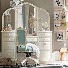 Фотография: Мебель и свет в стиле , Декор интерьера, Дом, Декор дома – фото на InMyRoom.ru