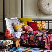 Фотография: Спальня в стиле Эклектика, Декор интерьера, Декор дома, Цвет в интерьере, Геометрия в интерьере – фото на InMyRoom.ru