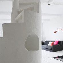 Фотография: Гостиная в стиле Скандинавский, Минимализм, Дом, Дания, Цвет в интерьере, Дома и квартиры, Белый – фото на InMyRoom.ru