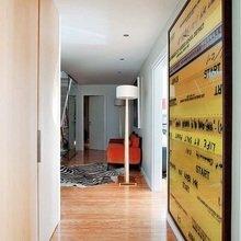Фотография: Прихожая в стиле Лофт, Эклектика, Декор интерьера, Мебель и свет, Декор дома, Стол, Лампа, Лиссабон, Торшер – фото на InMyRoom.ru