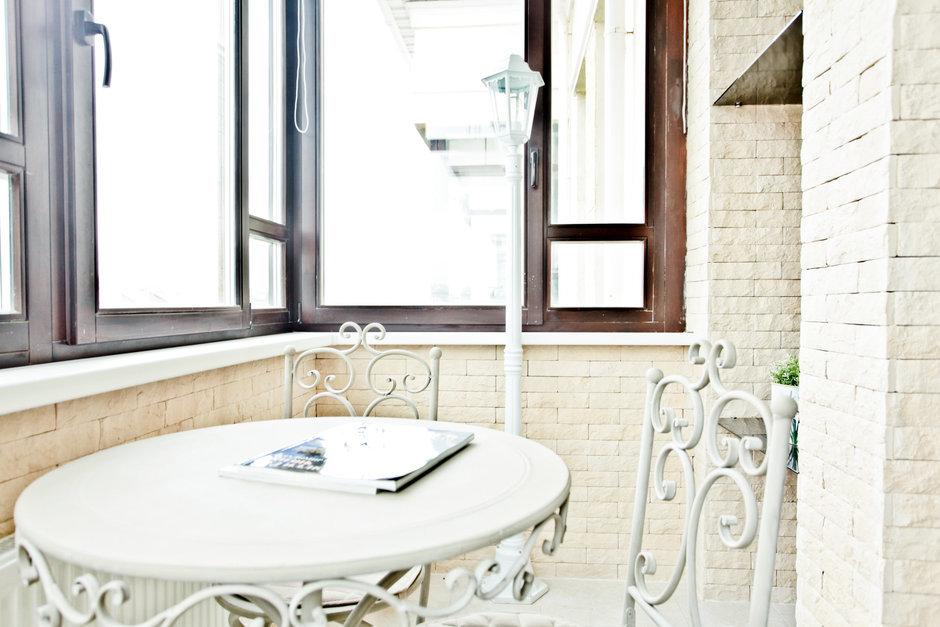 Фотография: Кухня и столовая в стиле Современный, Квартира, Цвет в интерьере, Дома и квартиры – фото на InMyRoom.ru