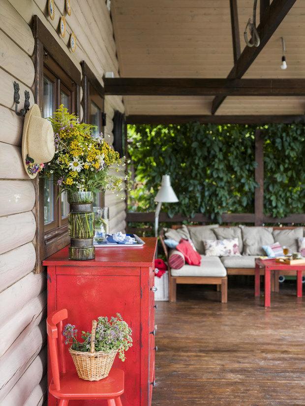 Фотография: Ландшафт в стиле Прованс и Кантри, Гид, Belinka, как покрасить дачу, дачные домики – фото на INMYROOM