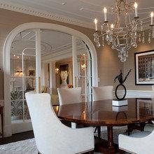 Фотография: Гостиная в стиле Классический, Квартира, Дома и квартиры, Пентхаус, Картины – фото на InMyRoom.ru