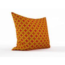 Декоративная подушка: Винтажный узор