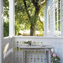 Фотография: Терраса в стиле Кантри, Дом, Дома и квартиры, Окна – фото на InMyRoom.ru