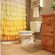 Фотография: Ванная в стиле Кантри, Современный, Декор интерьера, Текстиль, Подушки, Шторы – фото на InMyRoom.ru