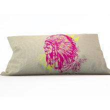 Декоративная подушка: Краснокожий друг