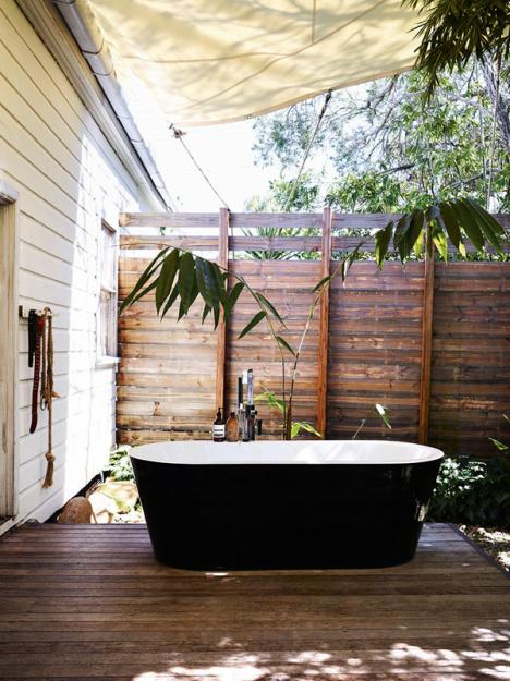 Фотография: Ванная в стиле Прованс и Кантри, Дома и квартиры, Интерьеры звезд – фото на InMyRoom.ru