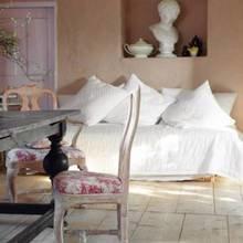 Фотография: Мебель и свет в стиле Кантри, Дом, Швеция, Антиквариат, Дома и квартиры – фото на InMyRoom.ru