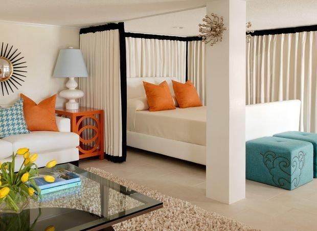 Фотография: Спальня в стиле , Декор интерьера, Малогабаритная квартира, Квартира, Дом, Планировки – фото на InMyRoom.ru