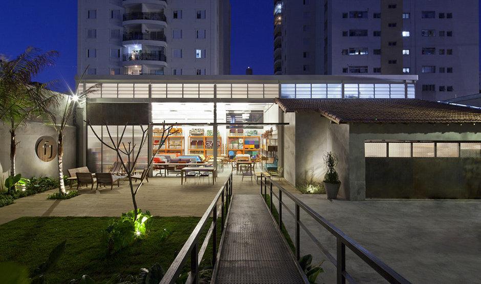 Фотография: Архитектура в стиле Современный, Дома и квартиры, Городские места, Стена – фото на InMyRoom.ru