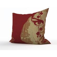 Диванная подушка: Загадочность
