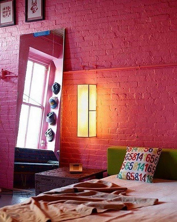 Фотография: Спальня в стиле Лофт, Прованс и Кантри, Скандинавский, Декор, Советы, Ремонт на практике, кирпич в интерьере, покраска кирпичной стены, кирпичная стена, кирпичная стена в интерьере, краска для кирпичной стены – фото на InMyRoom.ru
