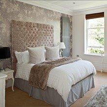 Фотография: Спальня в стиле Скандинавский, Классический, Декор интерьера, Интерьер комнат, Цвет в интерьере, Белый, Черный, Серый – фото на InMyRoom.ru