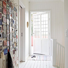 Фотография: Прихожая в стиле Кантри, Квартира, Дом, Цвет в интерьере, Дома и квартиры, Белый – фото на InMyRoom.ru