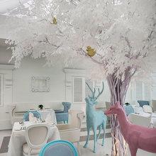 Фотография:  в стиле , Цвет в интерьере, Дома и квартиры, Городские места, Белый, Отель, Проект недели – фото на InMyRoom.ru