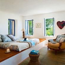 Фотография: Спальня в стиле Кантри, Классический, Современный, Эклектика, Декор интерьера, Дом, Испания, Дома и квартиры, Бунгало – фото на InMyRoom.ru