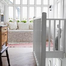 Фотография: Мебель и свет в стиле Скандинавский, Балкон, Интерьер комнат – фото на InMyRoom.ru