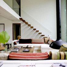 Фотография: Гостиная в стиле Минимализм, Декор интерьера, DIY, Цвет в интерьере – фото на InMyRoom.ru