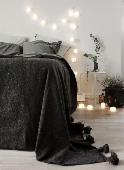 Фотография: Спальня в стиле Скандинавский, Современный, Интерьер комнат, Подушки, Ковер – фото на InMyRoom.ru