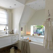 Фотография: Ванная в стиле Кантри, Дом, Дома и квартиры, Камин – фото на InMyRoom.ru