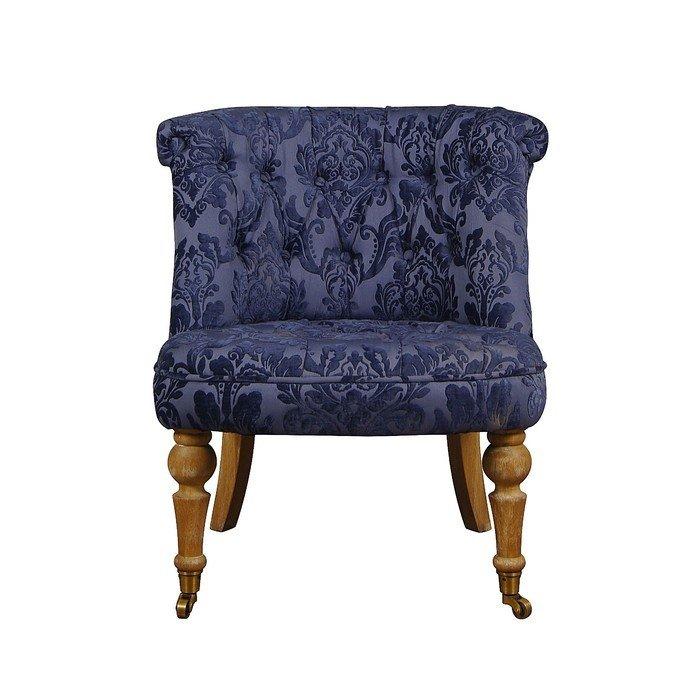 Синее кресло из массива дуба
