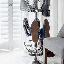 Фотография:  в стиле Современный, Прихожая, Интерьер комнат, Системы хранения – фото на InMyRoom.ru