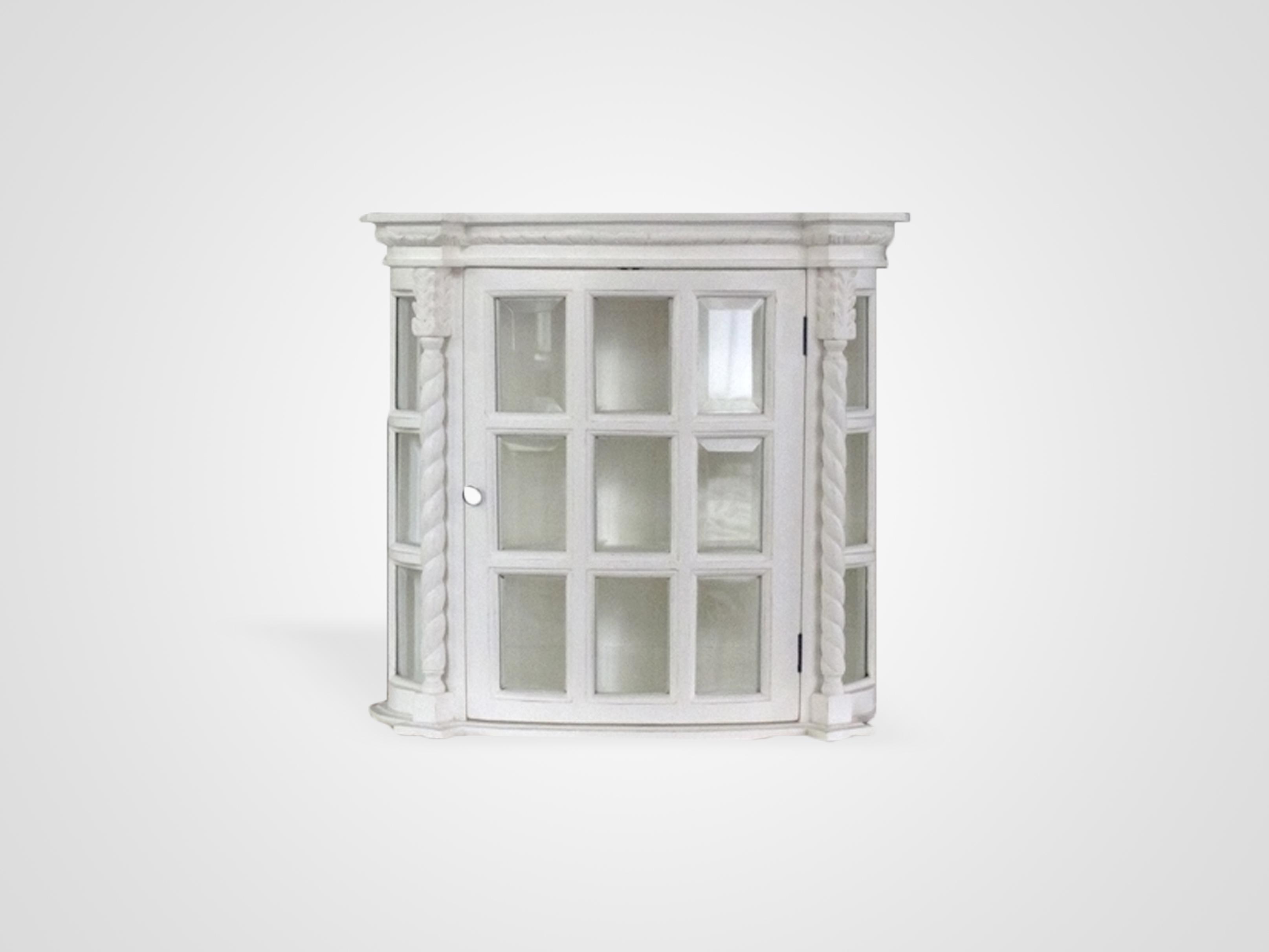 Витрина подвесная украшена резными элементами, inmyroom, Индонезия  - Купить