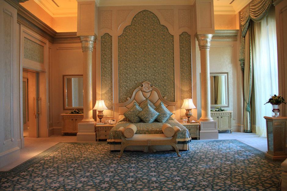 Фотография: Спальня в стиле Современный, Восточный, Декор интерьера, Квартира, Дом, Дизайн интерьера – фото на InMyRoom.ru