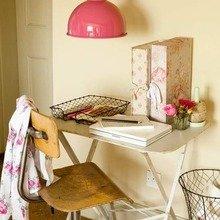 Фотография: Мебель и свет в стиле Кантри, Кабинет, Интерьер комнат – фото на InMyRoom.ru