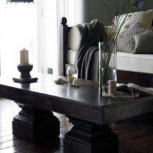 Фотография: Гостиная в стиле , Дома и квартиры, Интерьеры звезд, Эко, Комод, Колониальный – фото на InMyRoom.ru