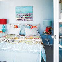 Фотография: Спальня в стиле Кантри, Современный, Декор интерьера, Интерьер комнат, Цвет в интерьере – фото на InMyRoom.ru