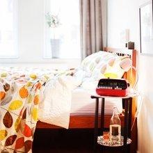 Фотография: Ванная в стиле Скандинавский, Современный, Спальня, Декор интерьера, Мебель и свет, Декор дома – фото на InMyRoom.ru