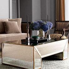 Фотография: Гостиная в стиле Классический, Декор интерьера, Декор дома, Зеркала – фото на InMyRoom.ru