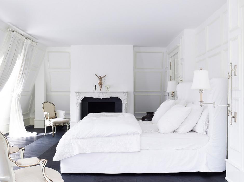 Фотография: Спальня в стиле Скандинавский, Декор интерьера, Дизайн интерьера, Цвет в интерьере, Белый, Dulux, Краска – фото на InMyRoom.ru