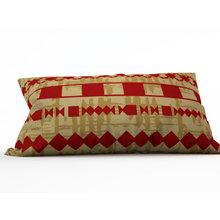 Дизайнерскя подушка: Тайный обряд