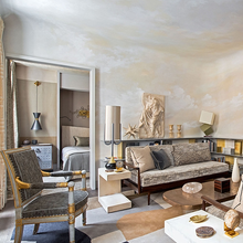 Фотография: Гостиная в стиле Современный, Малогабаритная квартира, Квартира, Франция, Дома и квартиры, Париж – фото на InMyRoom.ru
