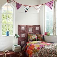 Фотография: Спальня в стиле Кантри, Современный, Эклектика, Декор интерьера, DIY, Текстиль – фото на InMyRoom.ru