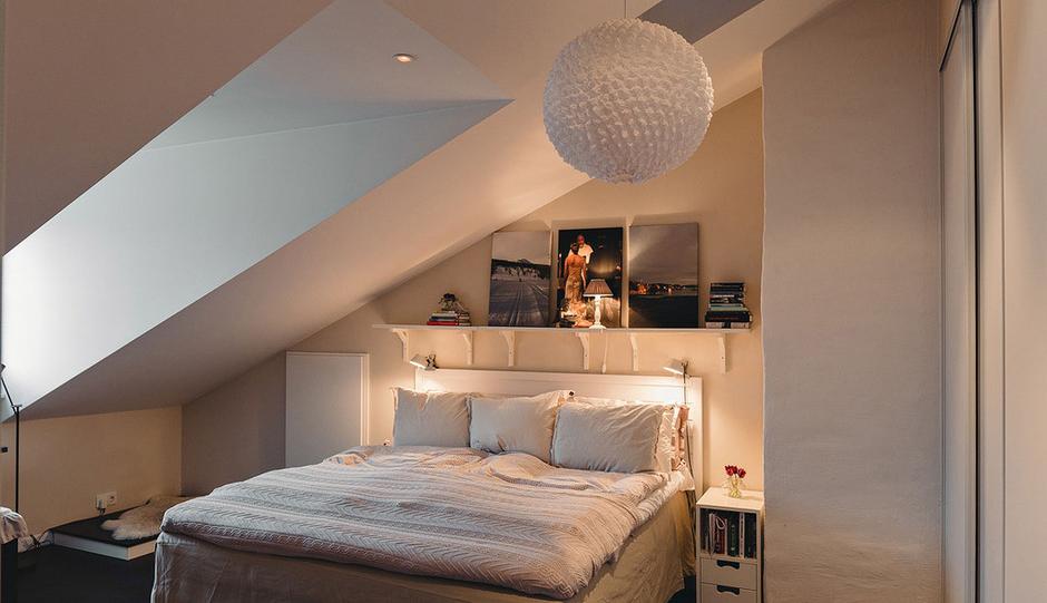 Фотография: Спальня в стиле Скандинавский, Современный, Малогабаритная квартира, Квартира, Терраса, Дома и квартиры, Мансарда – фото на InMyRoom.ru
