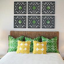 Фотография: Спальня в стиле Современный, Восточный, Декор интерьера, Декор дома, Цвет в интерьере, Обои – фото на InMyRoom.ru